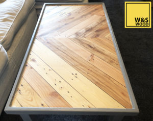 Pallet wood table full view